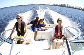 Life jacket, boating safety, family on boat
